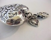 Filigree Etched Heart Pendant