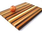 Handmade Wood Cutting Board . Grand and Convinient . 21 x 14-1/2 x 1