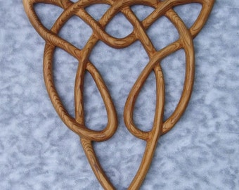 Celtic Wolf -Free Spirit Knot - Artistic variation of Triquetra of Endless Love Wood Carving