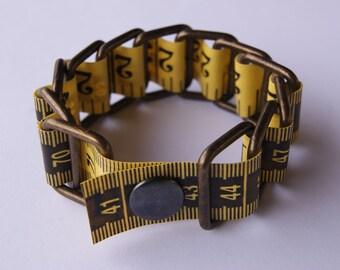 Bracelet Measure Tape - Upcycled - Metal/vinyl (Yellow)