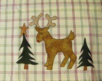 Santa's Little Reindeer Tea Towel Applique Pattern PDF from Quilt Doodle Designs