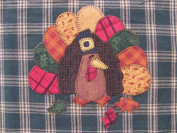 Tom Turkey PDF Applique Pattern for Tea Towel by Quilt Doodle Designs