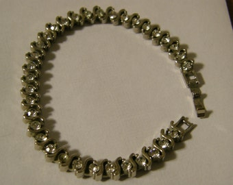 Vintage silver rhinestone tennis bracelet