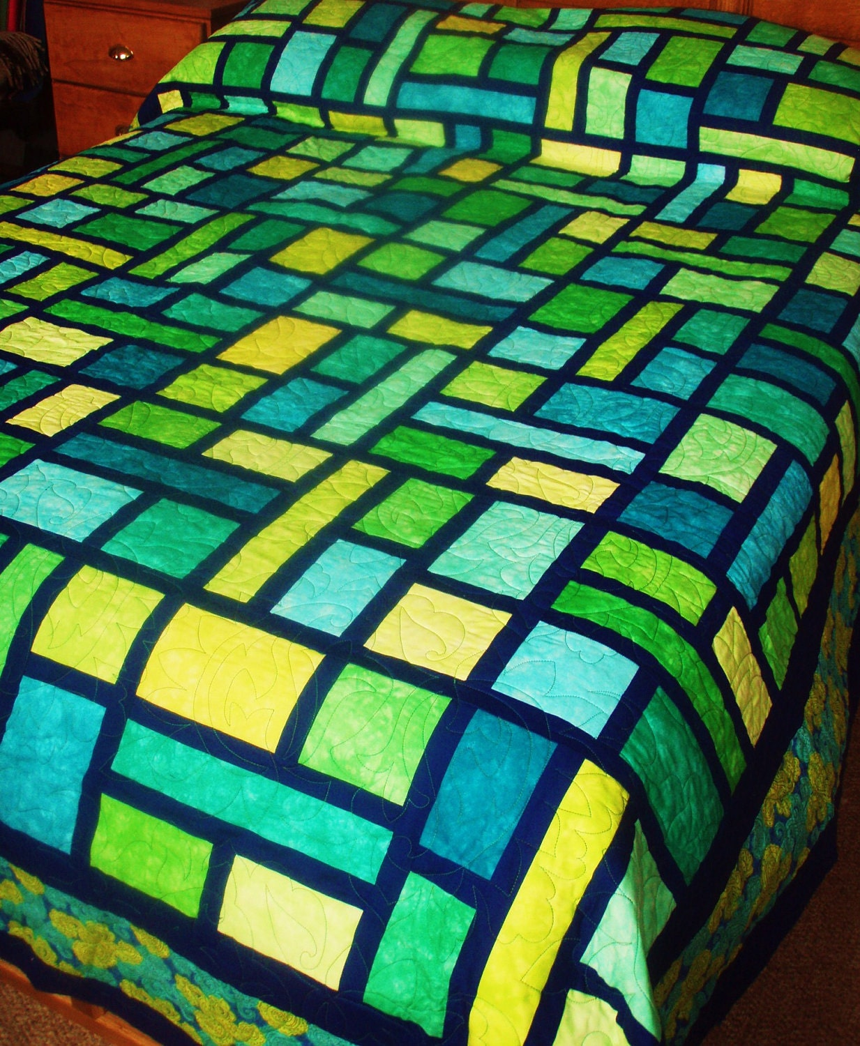 Queen Size Quilt In Mosaic Pattern In Green Yellow And Blue