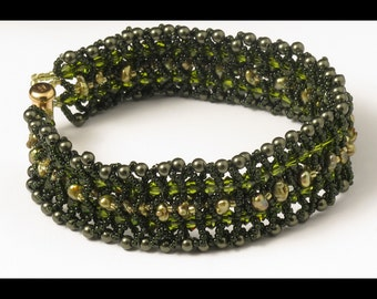 Woven Bracelet of Dark Green Pearls & Olivine Crystals - 7.25 inches