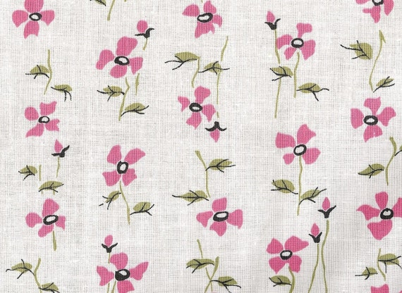 Fabric / Cotton Fabric / 1940s / White / Pink / Floral Print / 2.25 yards