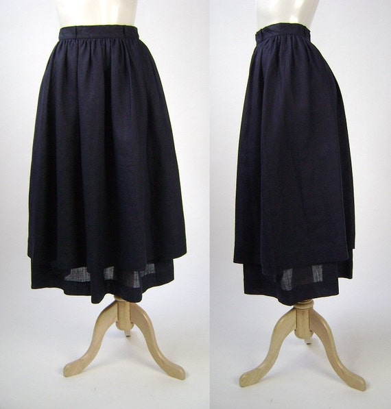 Valentino Skirt / Navy Linen / 2 Tier Style / W24 L32