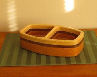 Divided bowl