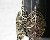 Antique Brass Leaf Filigree Earrings on Kidney Wires(Bronze, Metal, Leaves) (SALE CLEARANCE)