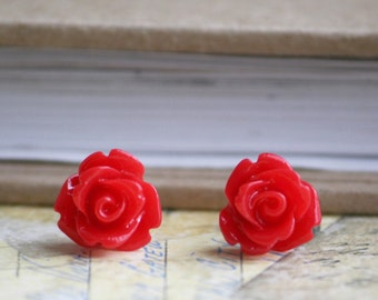 Red Rose Flower Cabochon Earrings 10 mm  (Posts, Studs)(Rosebud) Titanium