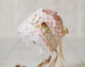 ANNETTE- Newborn Fabric Bonnet. Vintage Style. Shabby Chic. Pink and Brown. Baby Girl. Photo Prop.
