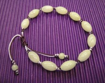 OLIVE  .  Natural Light Purple Jade Beads BRACELET . Handknotting Jewelry