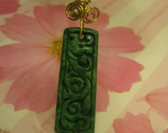 Natural Jade Pendant ...  Gold Brass filled wire Jewelry