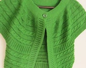 Green Bolero Short Sleeve Jacket..