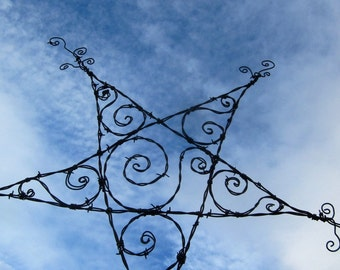 Spiraled Barbed Wire Star Garden Decoration or Trellis
