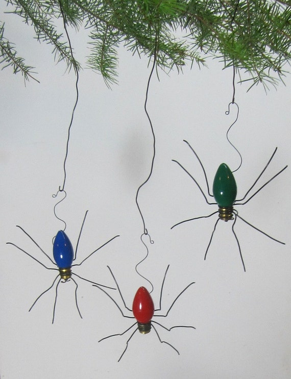 lucky christmas spider christmas tree ornaments set of 3. Black Bedroom Furniture Sets. Home Design Ideas