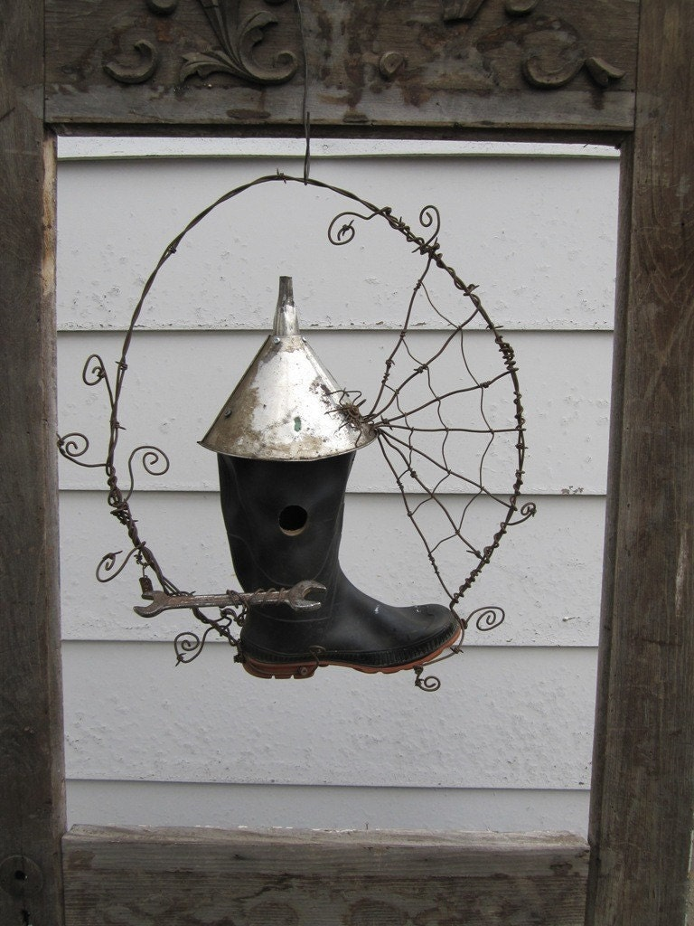 Unusual Rustic Rubber Boot Bird House With Barbed Wire
