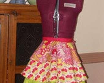 Retro Apron with a Modern Flare - Paisley Print
