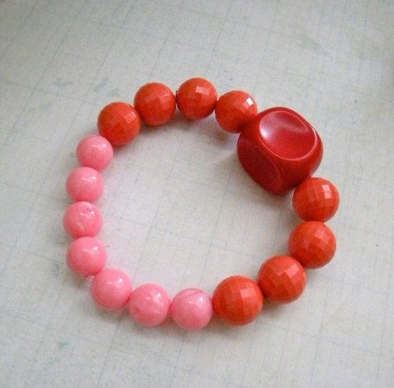 Vintage Pink, Coral and Red Bracelet.  Stretch.