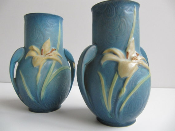 """Vintage Pair of Roseville Vases """"Blue Zephyr Lily"""", Pottery 1940's Lilies"""