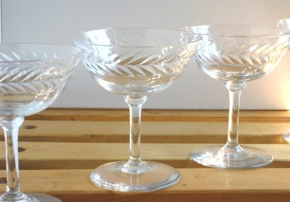 Set of 6- Vintage Etched Champage Glasses