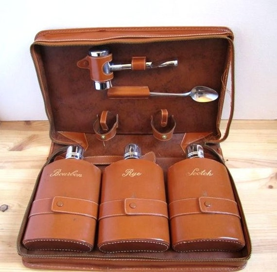 Vintage Travel Liquor Case