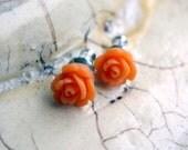 Teeny rose earrings - Orange