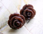 Earrings -- Brown blooming roses