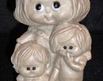 Vintage W and R Berries 1973 Worlds Greatest Mother Resin Figurine
