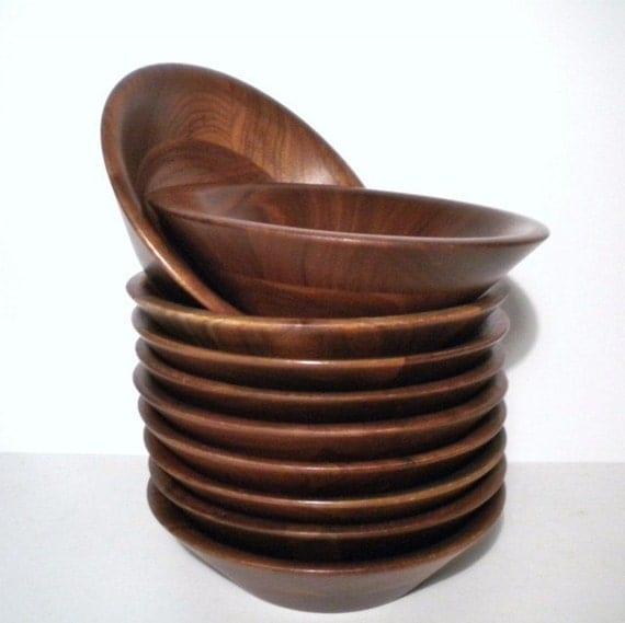 Vintage Walnut Salad Bowls by Vermillion Inc Set of 10