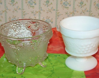 2 Footed vintage bowls with GRAPE DESIGNS