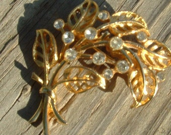 Rhinestones and Leaves Bouquet brooch