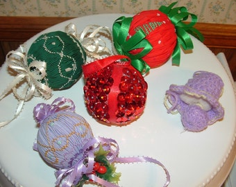 5 Vintage Christmas Ornaments