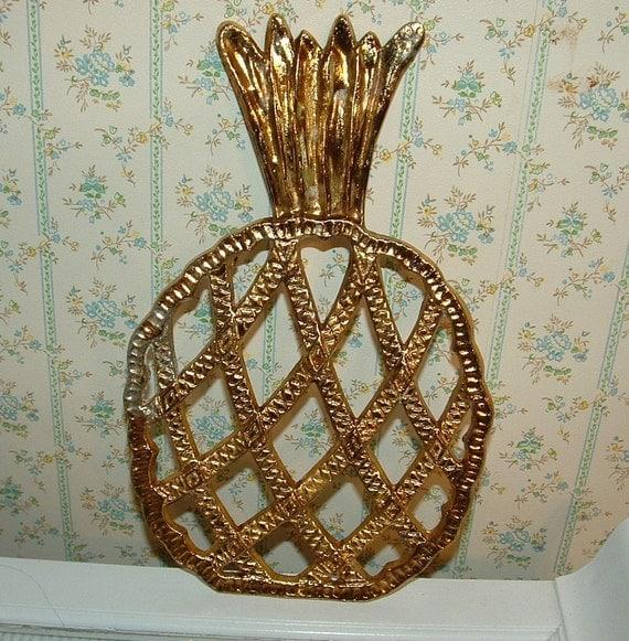Sale....Vintage Golden Pineapple Trivet Hot Pad, metal, Vintage Kitchen Table Decor, Tropical Decor, Beach Party Decorations