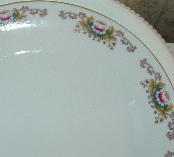 Pink Lotus Dinner Plate with gold rim