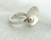 Oyster bowl - Sterling silver ring with pink freshwater Pearl - Made to Order