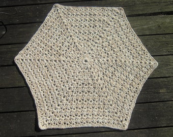 Crocheted Hexagon Rug or Pet Mat - Tan and Cream - Reversible