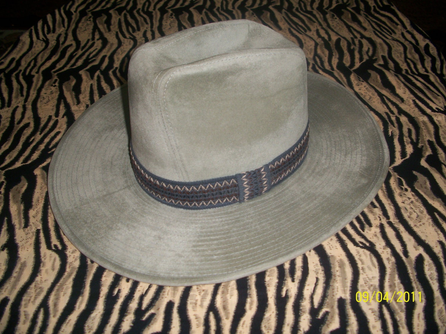 vintage 1970s 70s cowboy 10 gallon hat western by ... 10 Gallon Cowboy Hat Front