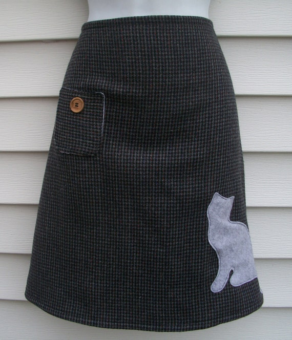 Cat Skirt / Gray Wool Houndstooth Skirt with Furry Gray Cat Appliques - Waist 35