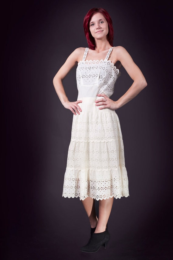 Sale - White Sandy Beaches Vintage Eyelet Dress in ivory