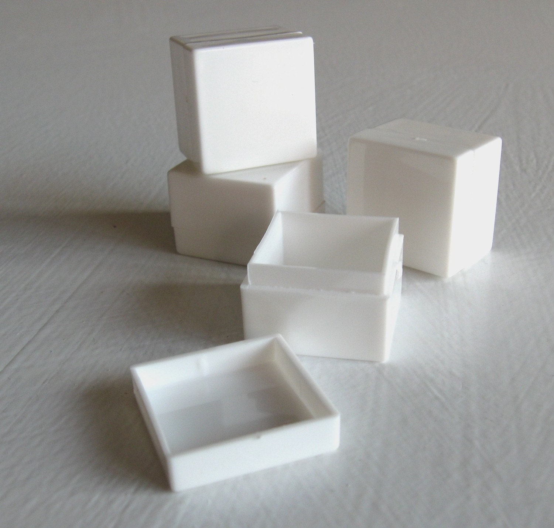 Acrylic Boxes Small : One dozen small acrylic boxes opaque bright white