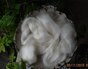 Snow White Kid Mohair Top Roving