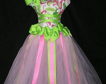 Apple green and pink Ballerina Hair Bow Holder