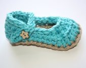 Mary Jane Baby Shoes Crochet Newborn and Baby Shoes, Aqua and tan 6-9 Months