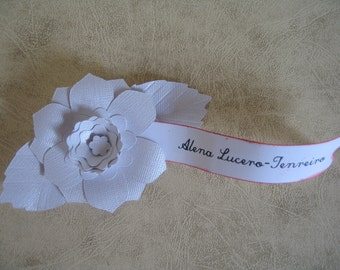 25 Made to Order White Paper Flower Place Cards