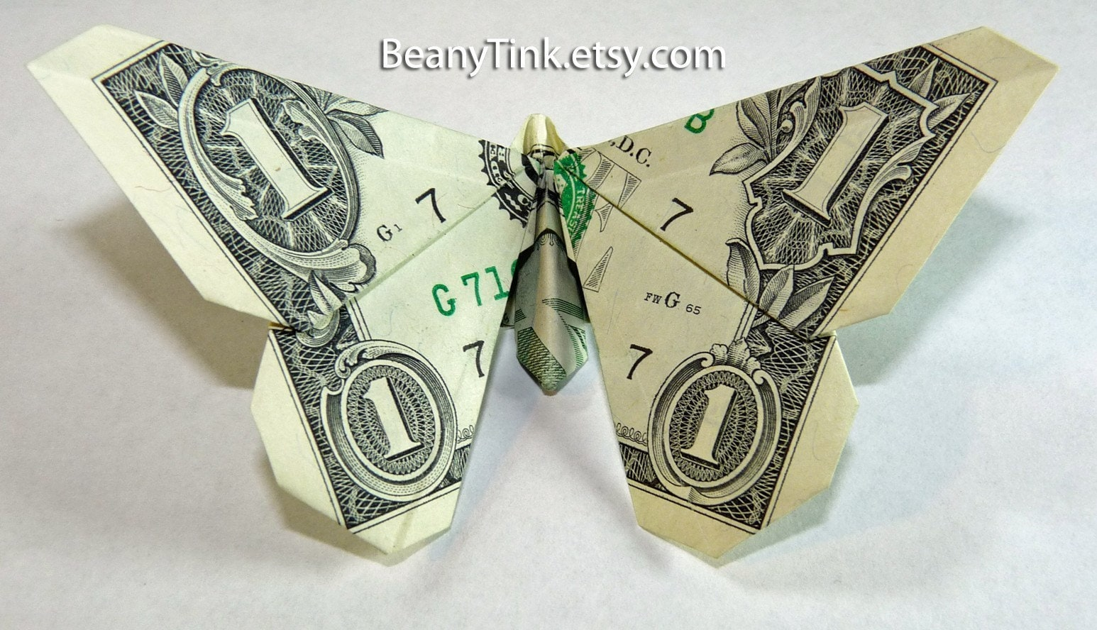 Dollar Origami Round Wing Butterfly - photo#4