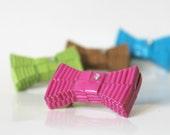 Paper brooch - geometrical bow