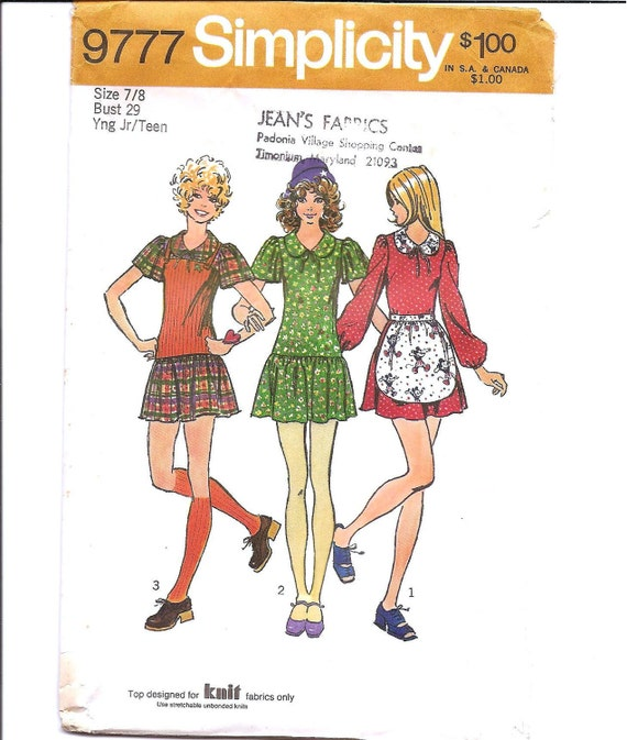 1970s Teen Mini Dress, Top and Apron - Vintage Sewing Pattern Simplicity 9777 - 29 Bust