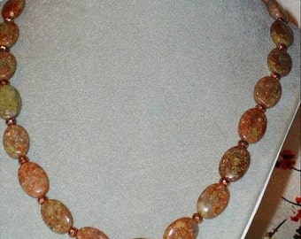 MOSSY ROSE JASPER  NECKLACE WITH COPPER - PINK GOLD