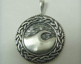 Pendant Sterling Silver WAVE MEDALLION Circle Round 925